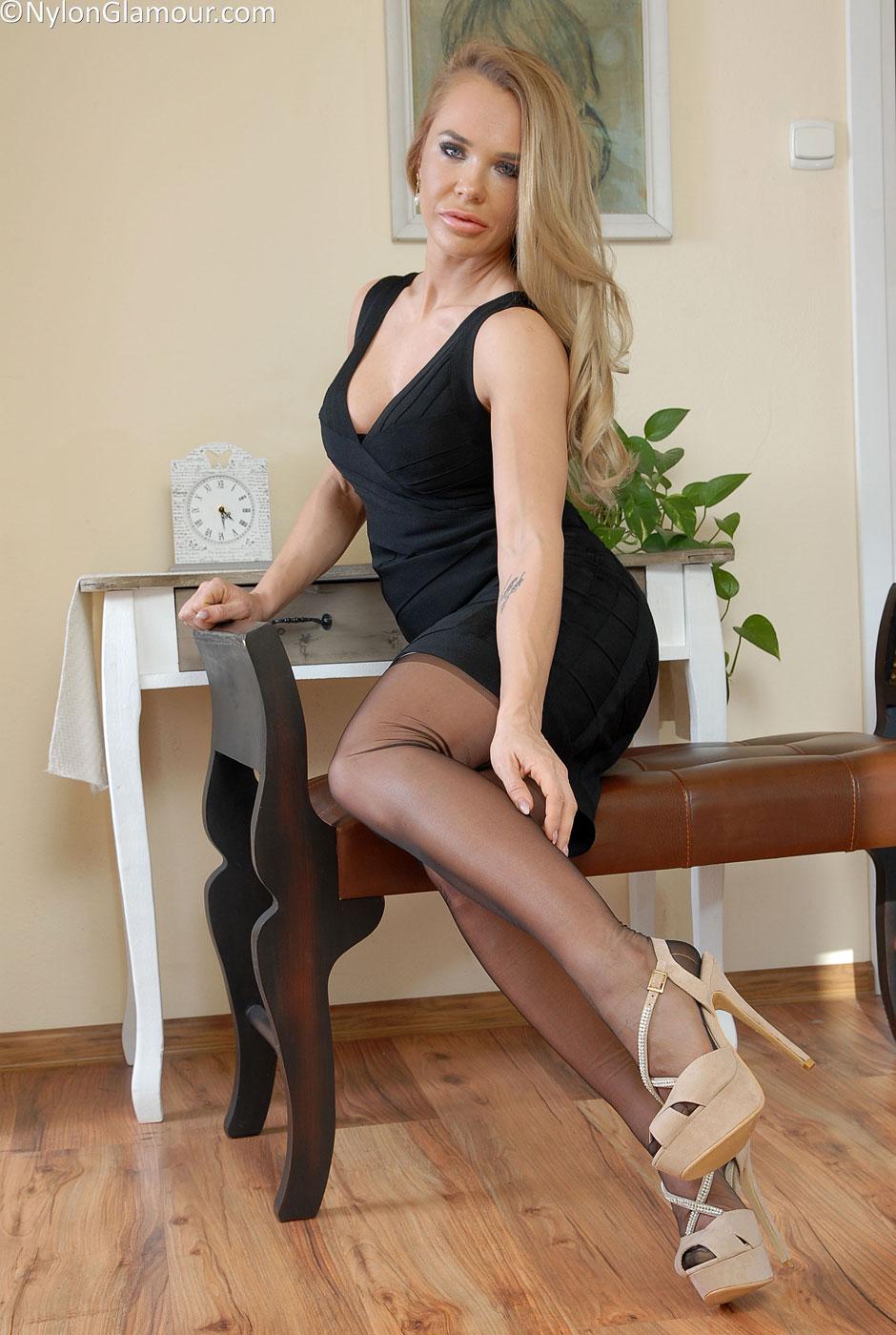 Leg teasing